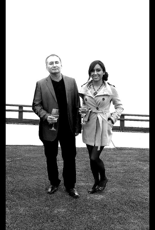 Valentina  y Adolfo Vasquez Rocca 60 BN